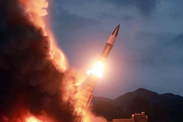 """Hàn – Triều liên tiếp phóng tên lửa: Bán đảo Triều Tiên """"dậy sóng"""" (15/9/2021)"""