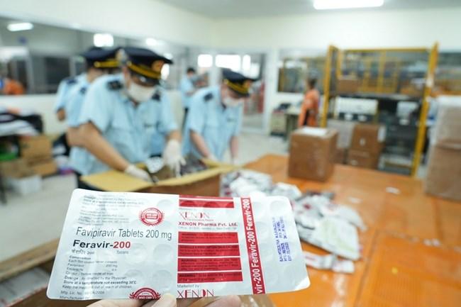 Hải quan bắt giữ vụ nhập lậu hơn 60.000 viên thuốc điều trị COVID-19 từ Ấn Độ (15/9/2021)