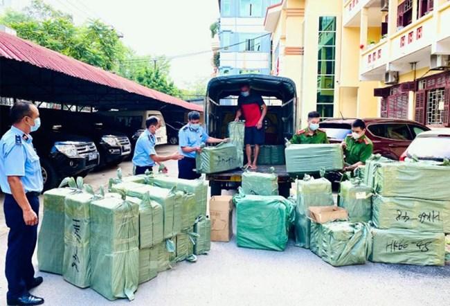 Lạng Sơn: bắt giữ phương tiện vận chuyển gần 100 máy thở Oxy (10/09/2021)