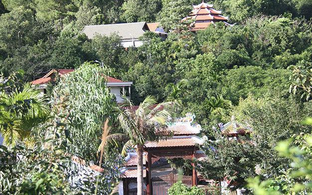 Thời sự chiều ngày 04/02/2015: Thành phố Đà Nẵng buộc gia đình Thiếu tướng Phan Như Thạch và Giám đốc Công ty vàng Phước Minh - Ngô Văn Quang phải tháo dỡ biệt thự, biệt phủ xây trái phép tại khu vực núi Hải Vân trong vòng 35 ngày.